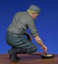 German Cooking soldier WW II  - 4.